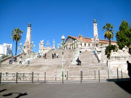 Less than 24 hours in marseille mpi traveler - Distance gare saint charles port marseille ...